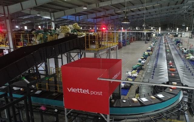 Trung tâm logistics miền Nam của Viettel Post: Băng chuyền chia chọn công suất lớn nhất Việt Nam, tối ưu 91% nhân lực, sai sót gần như bằng 0 - Ảnh 6.