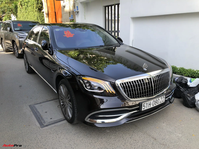 Dàn xe hơn 100 tỷ phục vụ đám cưới thiếu gia Phan Thành: Đủ loại Rolls-Royce, Maybach, Lexus đậu kín ngõ nhà cô dâu - Ảnh 14.
