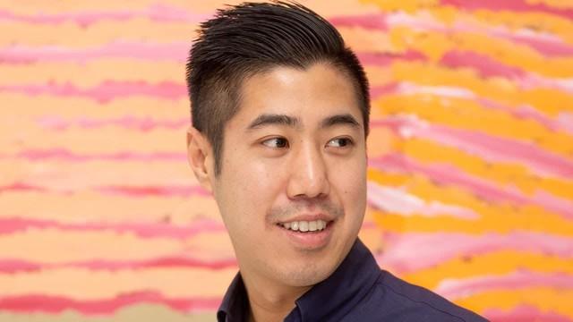 Mạo hiểm kinh doanh giữa đại dịch Covid-19, chàng trai Việt kiều trở thành triệu phú: Từng bỏ học đại học, nghỉ việc lương cao để mở cửa hàng, có cha mẹ là người nhập cư - Ảnh 1.