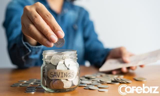 Bài học tiền bạc năm mới của Bill Gates: Tiết kiệm như kẻ bi quan và đầu tư như người lạc quan - Ảnh 2.