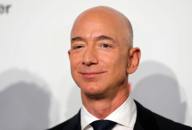 Tại sao người giàu nhất hành tinh Jeff Bezos chẳng bất ngờ với kết quả kinh doanh tốt và chỉ đưa ra 3 quyết định mỗi ngày? - Ảnh 1.