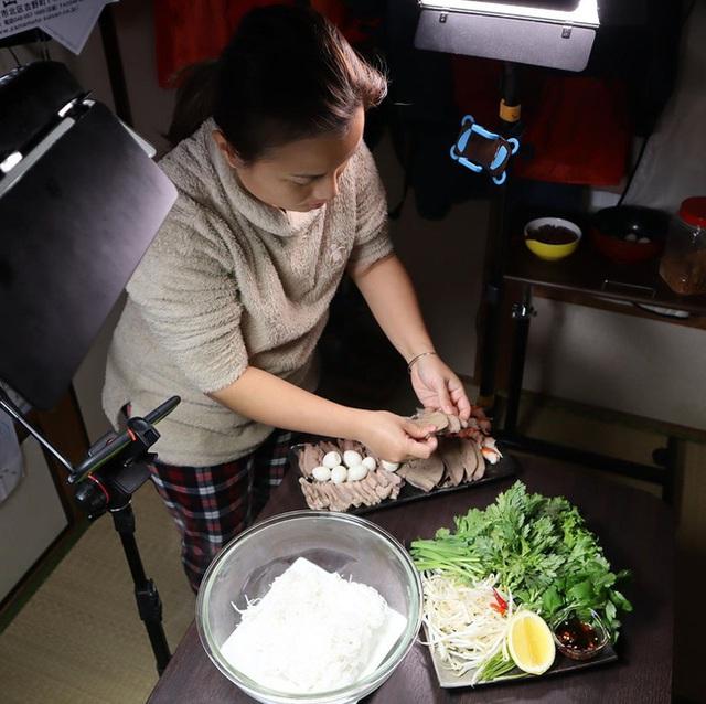 Độc quyền: Quỳnh Trần JP chia sẻ nhiều điều ứa nước mắt phía sau tin vui tích cóp đủ tiền mua được nhà từ nghề Youtuber và là nhân vật vinh dự được chính phủ Nhật mời ghi hình  - Ảnh 13.
