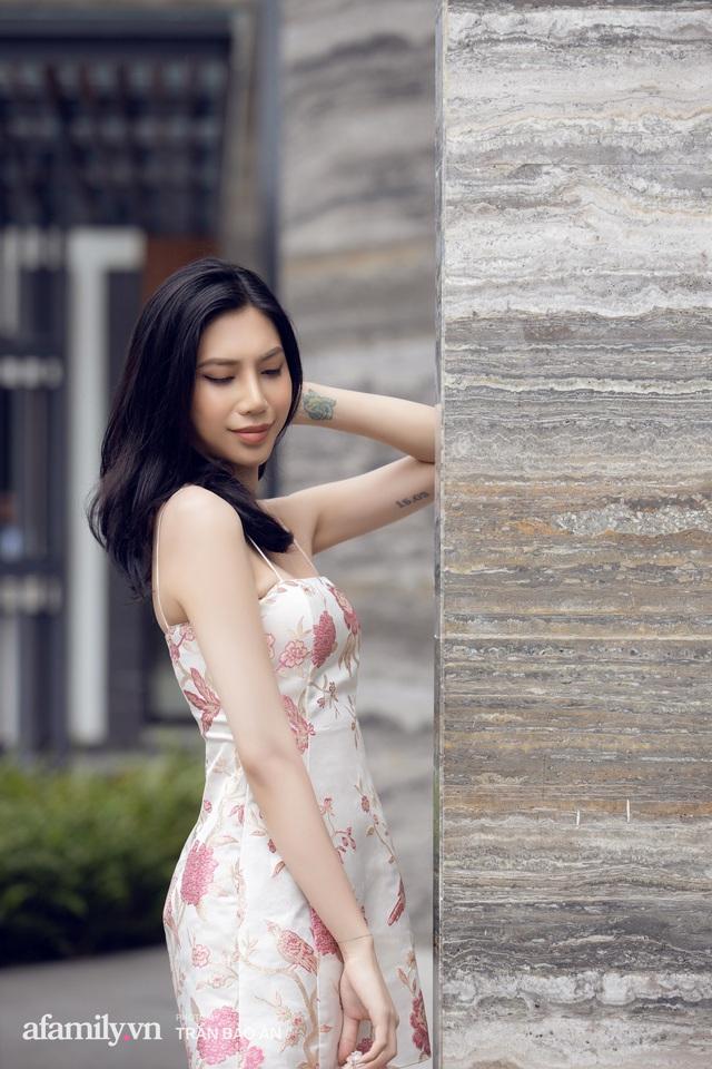 Khánh Vân - Vlogger lần đầu thừa nhận thân thế là ái nữ của chủ tịch tập đoàn sở hữu chuỗi bánh mì BreadTalk Việt Nam, và hành trình sang Thái chuyển giới với chi phí khủng - Ảnh 2.