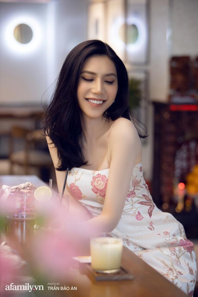 Khánh Vân - Vlogger lần đầu thừa nhận thân thế là ái nữ của chủ tịch tập đoàn sở hữu chuỗi bánh mì BreadTalk Việt Nam, và hành trình sang Thái chuyển giới với chi phí khủng - Ảnh 11.