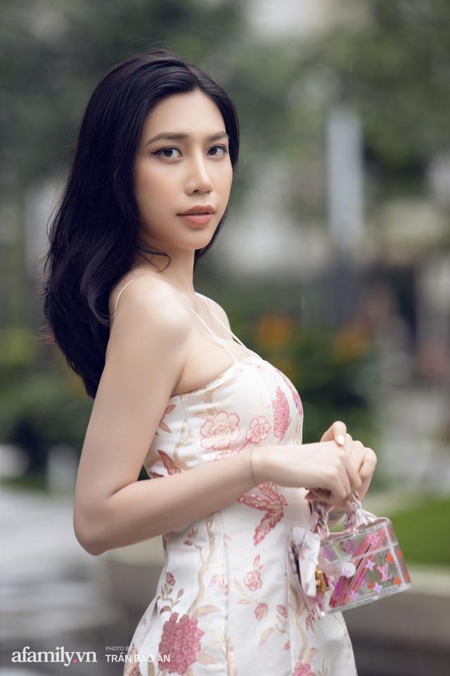 Khánh Vân - Vlogger lần đầu thừa nhận thân thế là ái nữ của chủ tịch tập đoàn sở hữu chuỗi bánh mì BreadTalk Việt Nam, và hành trình sang Thái chuyển giới với chi phí khủng - Ảnh 13.