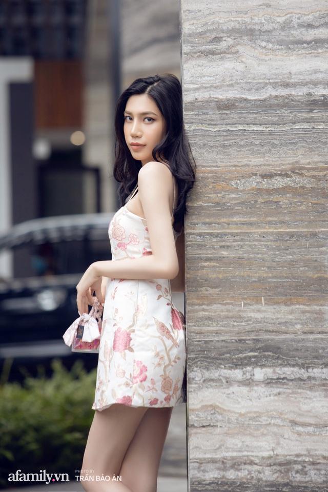Khánh Vân - Vlogger lần đầu thừa nhận thân thế là ái nữ của chủ tịch tập đoàn sở hữu chuỗi bánh mì BreadTalk Việt Nam, và hành trình sang Thái chuyển giới với chi phí khủng - Ảnh 14.