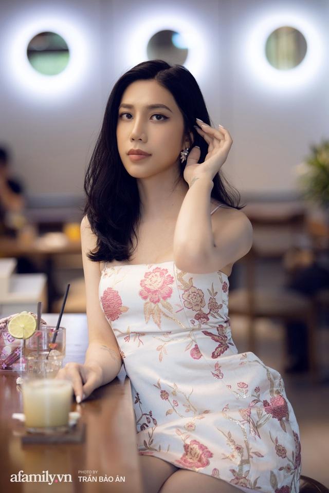 Khánh Vân - Vlogger lần đầu thừa nhận thân thế là ái nữ của chủ tịch tập đoàn sở hữu chuỗi bánh mì BreadTalk Việt Nam, và hành trình sang Thái chuyển giới với chi phí khủng - Ảnh 9.