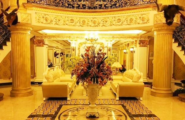 Doanh nhân Lý Nhã Kỳ: Thú tiêu khiển đếm hột xoàn, ở biệt thự dát vàng, đi du thuyền triệu đô, kinh doanh resort cao cấp đúng dịch Covid - Ảnh 4.