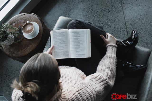Có 3 hiện tượng nếu xuất hiện, có nghĩa là đã đến lúc bạn nên đọc sách - Ảnh 1.