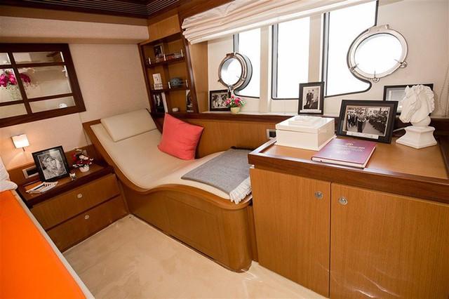 Doanh nhân Lý Nhã Kỳ: Thú tiêu khiển đếm hột xoàn, ở biệt thự dát vàng, đi du thuyền triệu đô, kinh doanh resort cao cấp đúng dịch Covid - Ảnh 16.