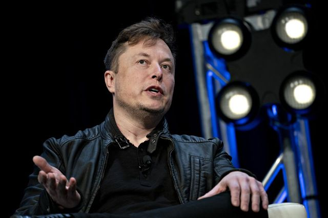 Elon Musk tìm cách cho đi một phần của cải khi vừa trở thành người giàu nhất thế giới với tài sản hơn 200 tỷ USD - Ảnh 2.
