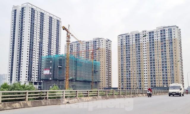 Năm 2021, doanh nghiệp bất động sản vẫn gặp khó vì dịch COVID-19? - Ảnh 2.