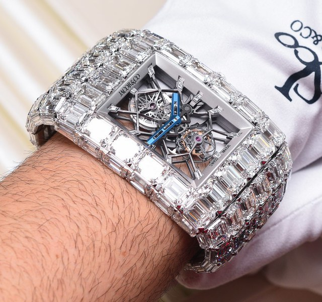 Giới siêu giàu tiết lộ 10 chiếc đồng hồ đeo tay đắt đỏ nhất thế giới, chiếc rẻ nhất hơn 200 tỷ đồng - Ảnh 2.