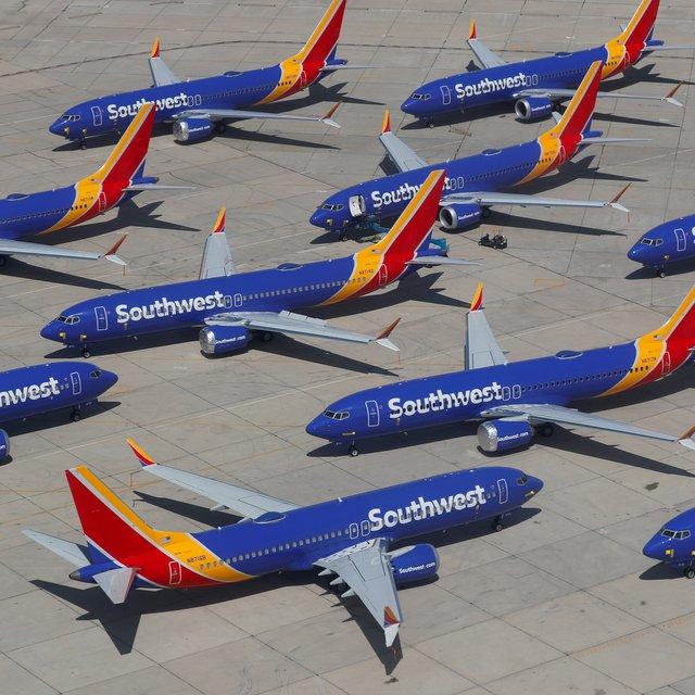 Tại sao ngành hàng không Mỹ vẫn khủng hoảng dù người dân đã được du lịch trở lại? - Ảnh 1.