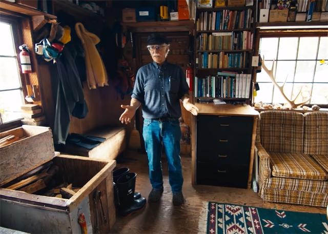 Ông lão mua một căn nhà rộng 70m2 trên mặt nước, sống nhàn nhã một mình hơn 30 năm: Không bị vật chất bó buộc , thế giới tinh thần trở nên phong phú hơn! - Ảnh 10.