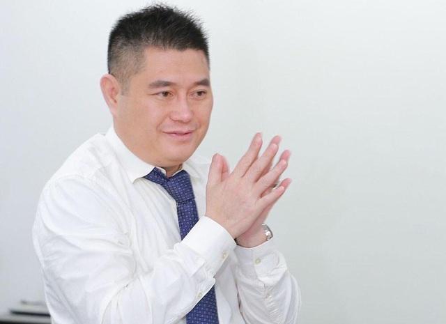 Đại gia Việt hứa chỉ bảo cho Hồ Văn Cường xây dựng được ekip như ca sĩ Ngọc Sơn - Ảnh 2.