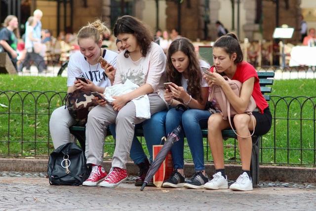 Toàn cảnh vụ rò rỉ nghiên cứu nội bộ của Facebook với sức khỏe thanh thiếu niên - Ảnh 4.