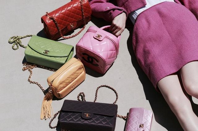 Giải điền kinh Chanel mở rộng tại Hàn: Từ cuộc đua mỗi người 1 chiếc túi cho tới màn thiết quân luật từ nhà mốt - Ảnh 4.