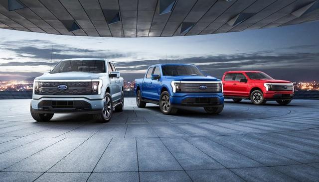 Cuộc chiến sống còn mới của General Motors và Ford : Chi hàng tỷ đô vào chiến trường xe điện và công nghệ tự lái để níu giữ thị phần suy giảm trầm trọng - Ảnh 2.