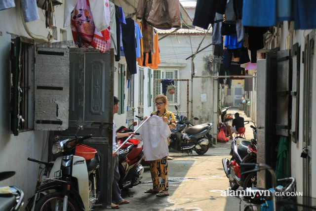 Tết xa quê của những công nhân ngoại tỉnh ở Hà Nội: Con tôi nhớ ông bà lắm, nhưng chỉ khi nào hết dịch, khi đó mới là Tết - Ảnh 6.