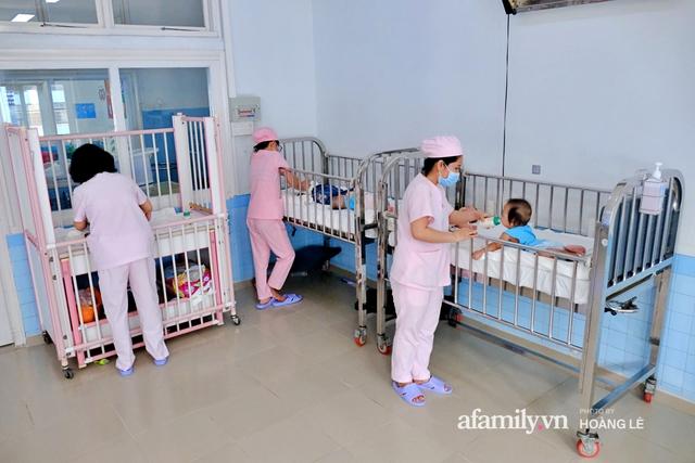 Cái Tết đầu đời trong bệnh viện, không gia đình của 6 đứa trẻ bị mẹ bỏ rơi ngay từ khi lọt lòng - Ảnh 13.