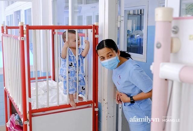 Cái Tết đầu đời trong bệnh viện, không gia đình của 6 đứa trẻ bị mẹ bỏ rơi ngay từ khi lọt lòng - Ảnh 6.