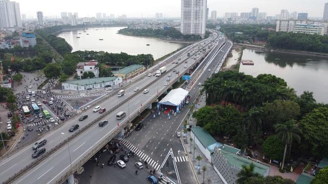 Toàn cảnh những công trình gỡ ùn tắc giao thông cho Hà Nội thời gian qua  - Ảnh 2.