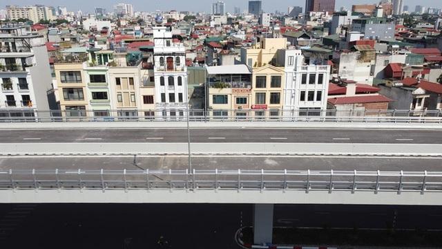 Toàn cảnh những công trình gỡ ùn tắc giao thông cho Hà Nội thời gian qua  - Ảnh 12.