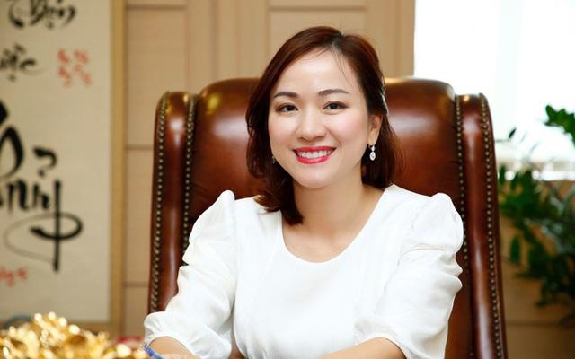 """Chân dung ái nữ kín tiếng của đại gia BRG Group: Học vấn xuất sắc, tiếp quản ghế CEO thành công từ mẹ, trở thành """"bóng hồng"""" quyền lực thứ hai tại SeABank - Ảnh 2."""