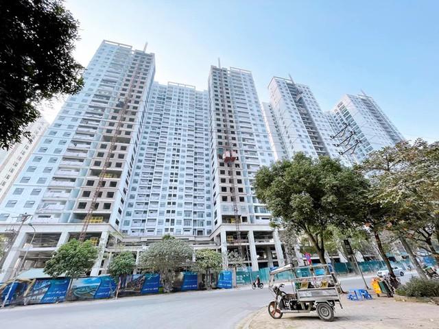 Gần 1000 doanh nghiệp địa ốc giải thể, lãi suất cho vay mua nhà giảm sâu - Ảnh 2.