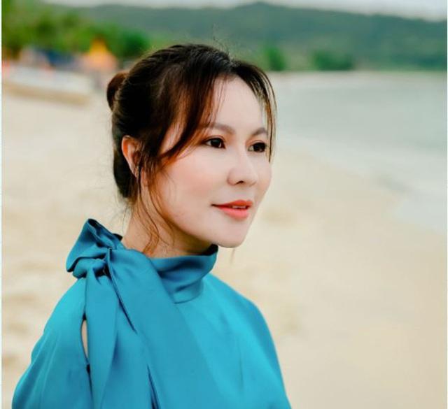Vừa tài vừa đảm như vợ đại gia của Quý Bình: Là CEO công ty địa ốc hàng đầu Phú Quốc nhưng về nhà vẫn nhún nhường chồng - Ảnh 5.