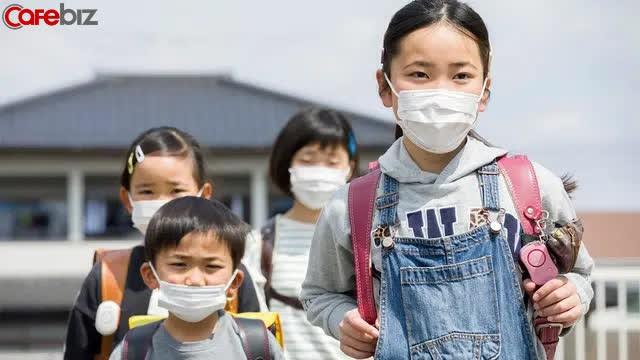 Bí quyết người Nhật giáo dục trẻ em vững vàng, tự chủ, nói Không với mè nheo, làm phiền người khác - Ảnh 2.