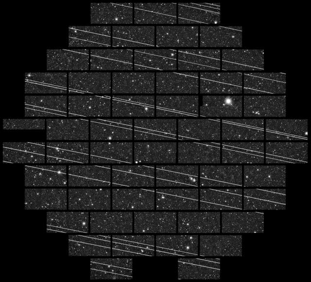Dàn vệ tinh internet mang nguy cơ hủy hoại vĩnh ngành thiên văn học, thậm chí còn có thể che mất thiên thạch đang lao về phía Trái Đất - Ảnh 1.