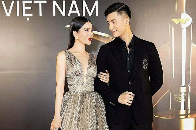 4 cặp chị em làm dậy sóng showbiz Việt đầu năm 2021 - Ảnh 6.