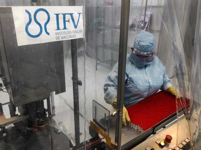 Cả thế giới đang bỏ quên Cuba, một cao thủ vắc-xin trong đại dịch COVID-19 - Ảnh 1.