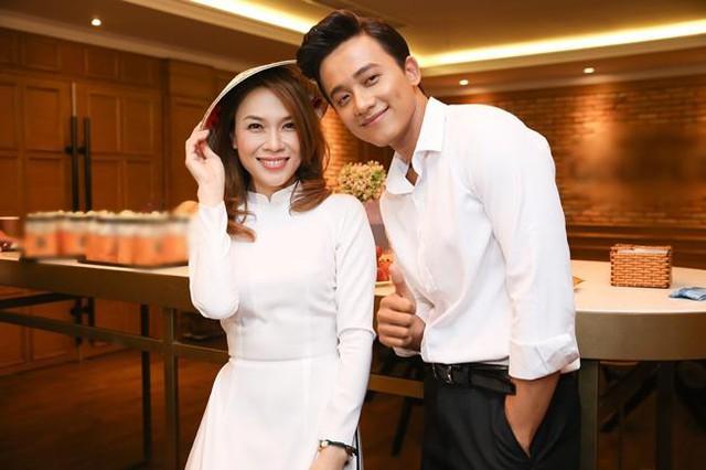 4 cặp chị em làm dậy sóng showbiz Việt đầu năm 2021 - Ảnh 10.