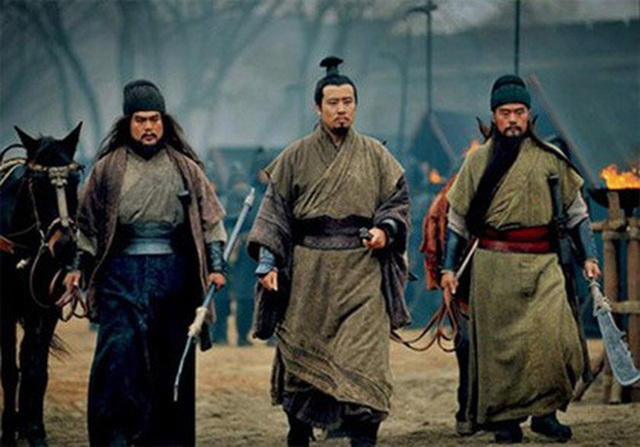 Đệ nhất mưu sĩ Thục Hán, đến Gia Cát Lượng cũng phải tự nhận không bằng, Tào Tháo e ngại, phải cay đắng rút lui - Ảnh 3.