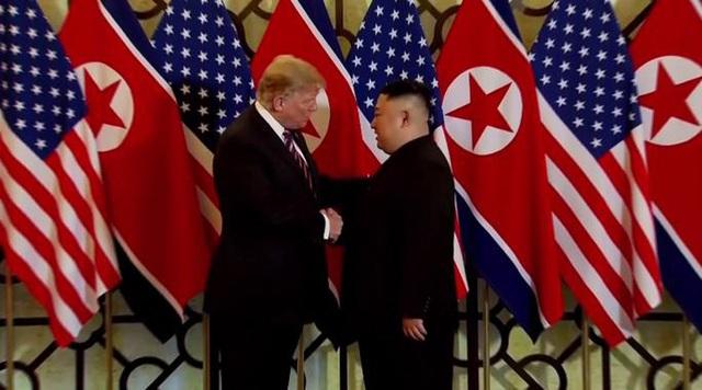 Hé lộ đề nghị chưa từng có của ông Trump với ông Kim Jong-un  - Ảnh 1.