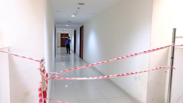 TP.HCM: Điểm phong toả cuối cùng thuộc chuỗi lây nhiễm tại sân bay Tân Sơn Nhất chính thức được gỡ bỏ - Ảnh 1.