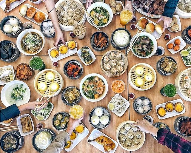 Những bữa ăn thịnh soạn, khoái khẩu, ngọt miệng đang phá nát lá gan của người Việt - Ảnh 1.