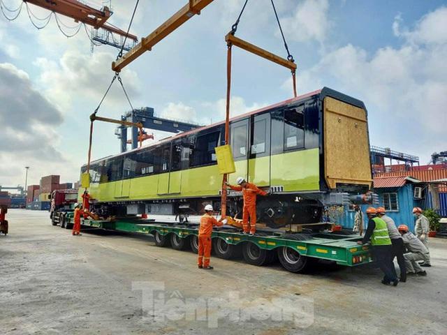 Hình ảnh đoàn tàu metro thứ 3 về Hà Nội - Ảnh 7.
