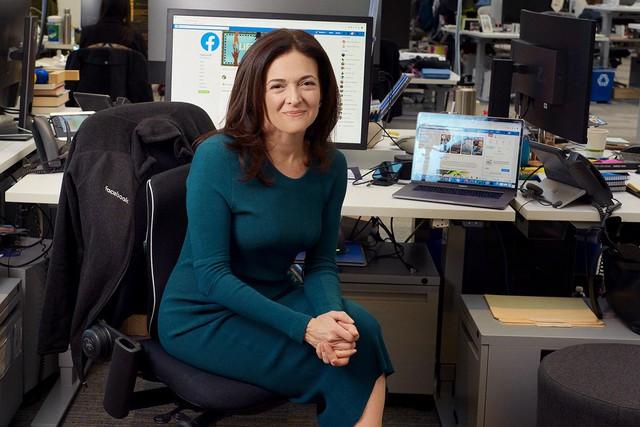 Nữ giám đốc điều hành của mạng xã hội Facebook định nghĩa về tham vọng sự nghiệp và đích đến thành công: Thấm từng câu từng chữ! - Ảnh 2.