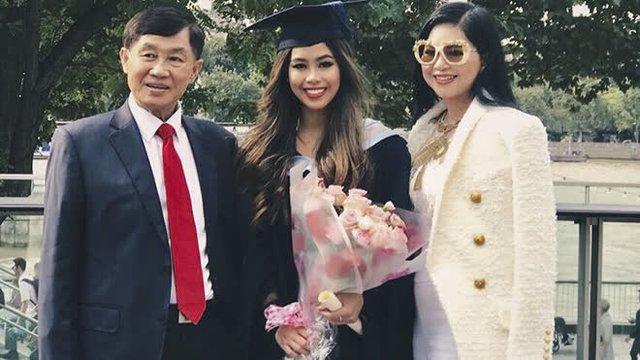 """Những người con của """"vua hàng hiệu"""" Johnathan Hạnh Nguyễn: Sinh ra từ vạch đích, kế nhiệm mảng kinh doanh nghìn tỷ từ cha - Ảnh 6."""