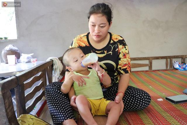 Chồng bỏ, người mẹ trẻ ôm 2 con khờ cầu cứu: Em chỉ ước con mình được chữa bệnh - Ảnh 15.