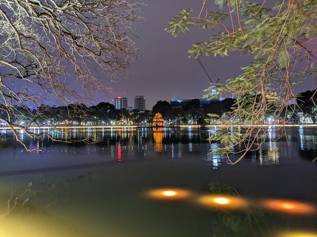 CEO Tử Quảng khoe ảnh chụp đêm bằng Bphone, không tiện nêu tên 2 đối thủ là hãng A và hãng G - Ảnh 3.