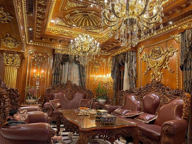 Biệt thự 7 tầng của đại gia ngành sắt Việt giàu lên từ thu mua sắt vụn: Độ hoành tráng sánh ngang lâu đài, tổng giá trị cỡ 300 tỷ - Ảnh 5.