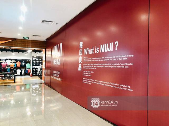 Hot: MUJI âm thầm căng bạt đỏ tại Vincom Center Metropolis, ngày khai trương tại Hà Nội chẳng còn xa - Ảnh 7.