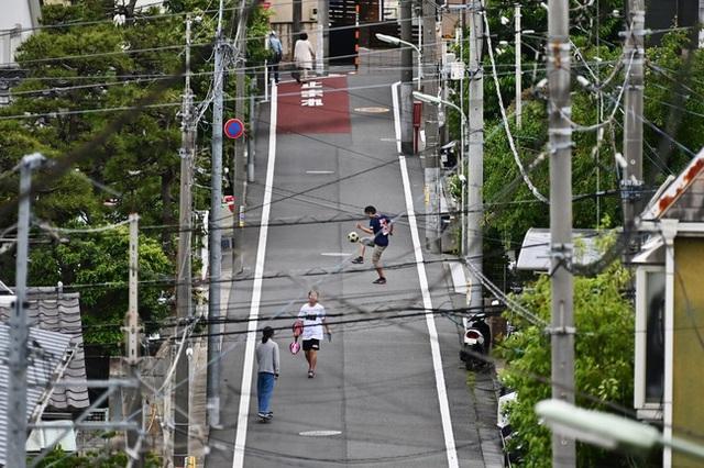 Nhiều gia đình Nhật Bản ngày càng khó chịu với trẻ con vì... quá ồn ào, thậm chí còn kiện luôn trường mẫu giáo - Ảnh 1.