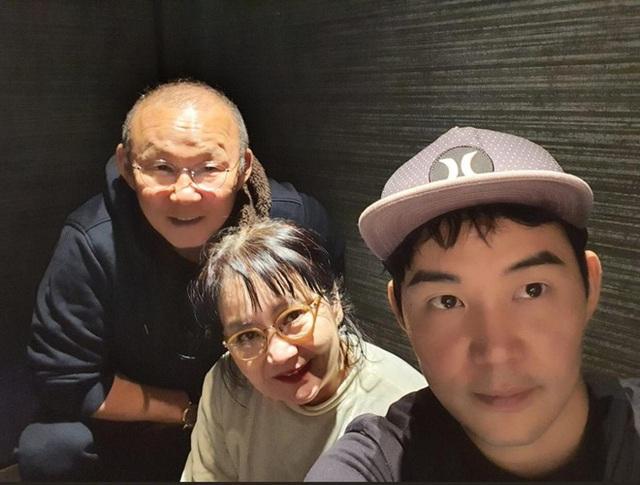 HLV Park Hang-seo bỏ thói quen uống rượu khi sang Việt Nam làm việc - Ảnh 3.