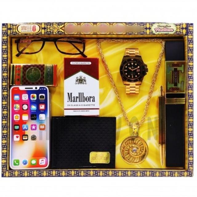 Độc lạ mặt hàng vàng mã tết Tân Sửu: Đồ skincare, set mỹ phẩm và cả... trang sức cho nam giới - Ảnh 4.